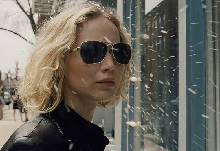 The 10 most giffable Jennifer Lawrence moments