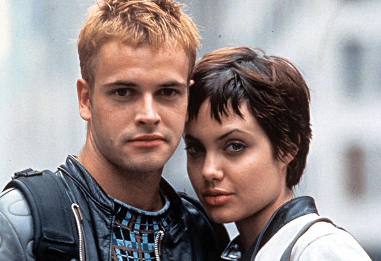 Miller & Jolie sizzled in the techno thriller, Hackers.