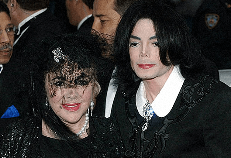 Michael Jackson proposed to Elizabeth Taylor
