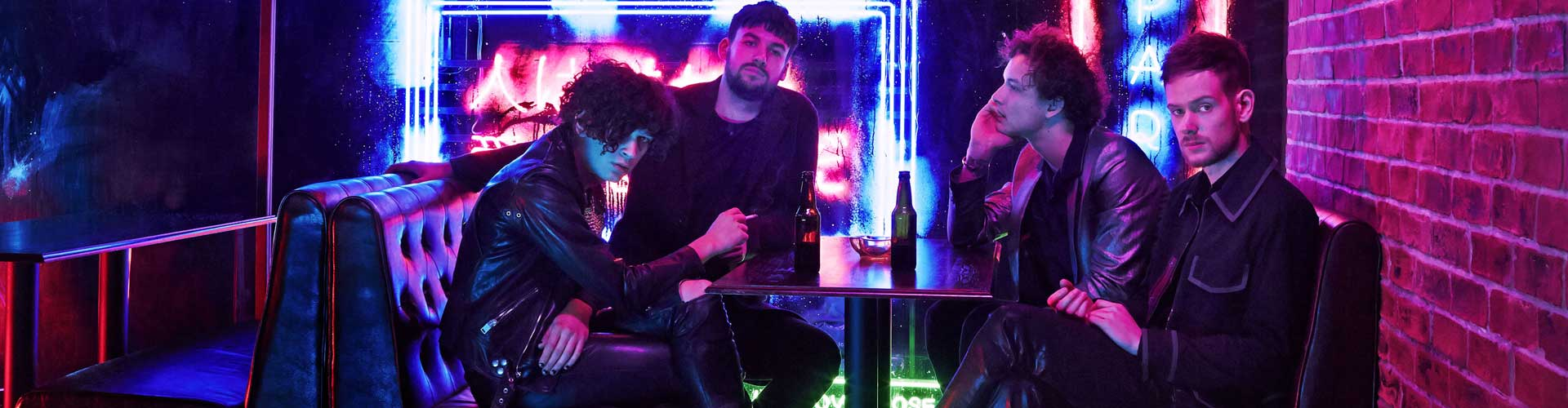 Video: The 1975 – The Sound