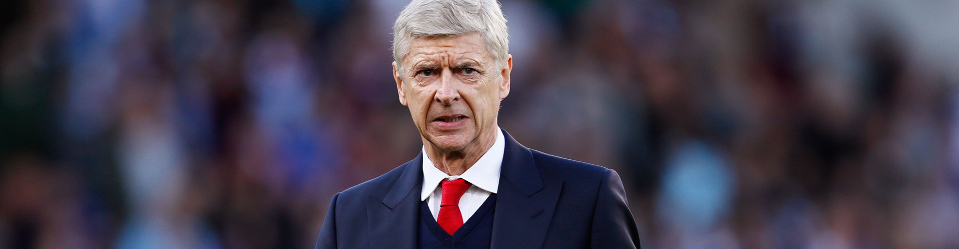 Should Arsène Wenger swap Arsenal for England?