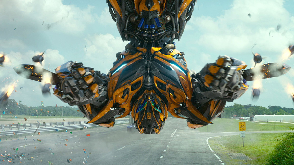 Bumblebee firing rockets in Transformers: Age Of Extinction