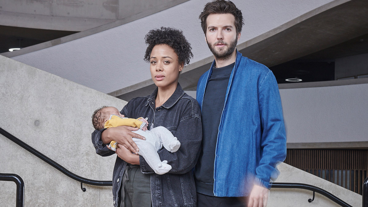 Nina Toussaint-White and Guy Burnet in Virgin Media Original show The Feed