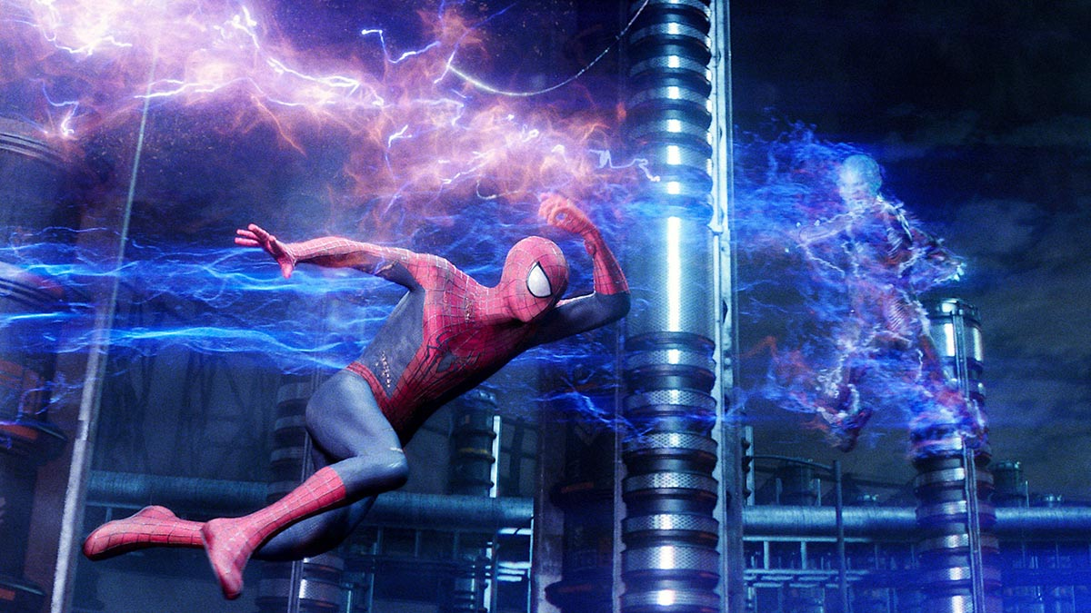 Andrew Garfield and Jamie Foxx in The Amazing Spider-Man 2