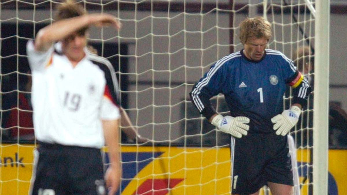 German players after conceding against Romania