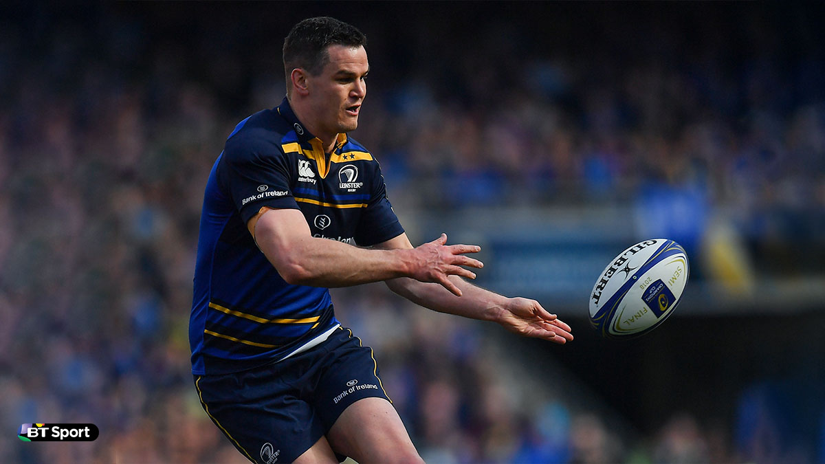 Johnny Sexton playing for Leinster