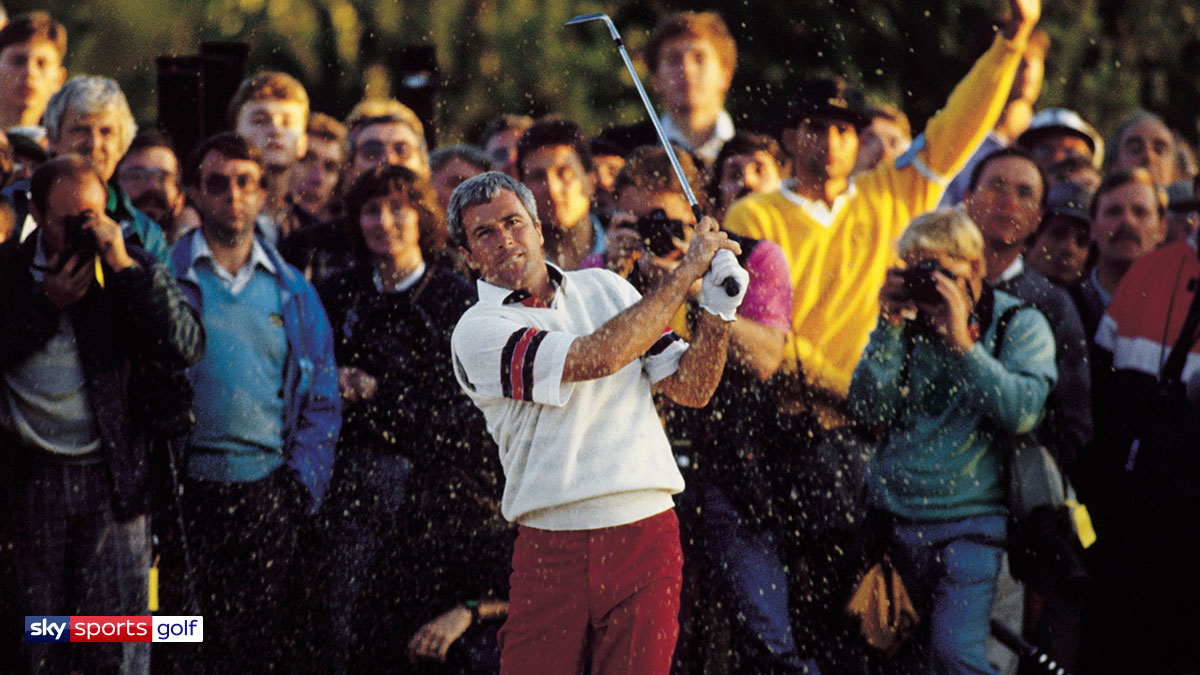 Curtis Strange playing at the 1989 US Open